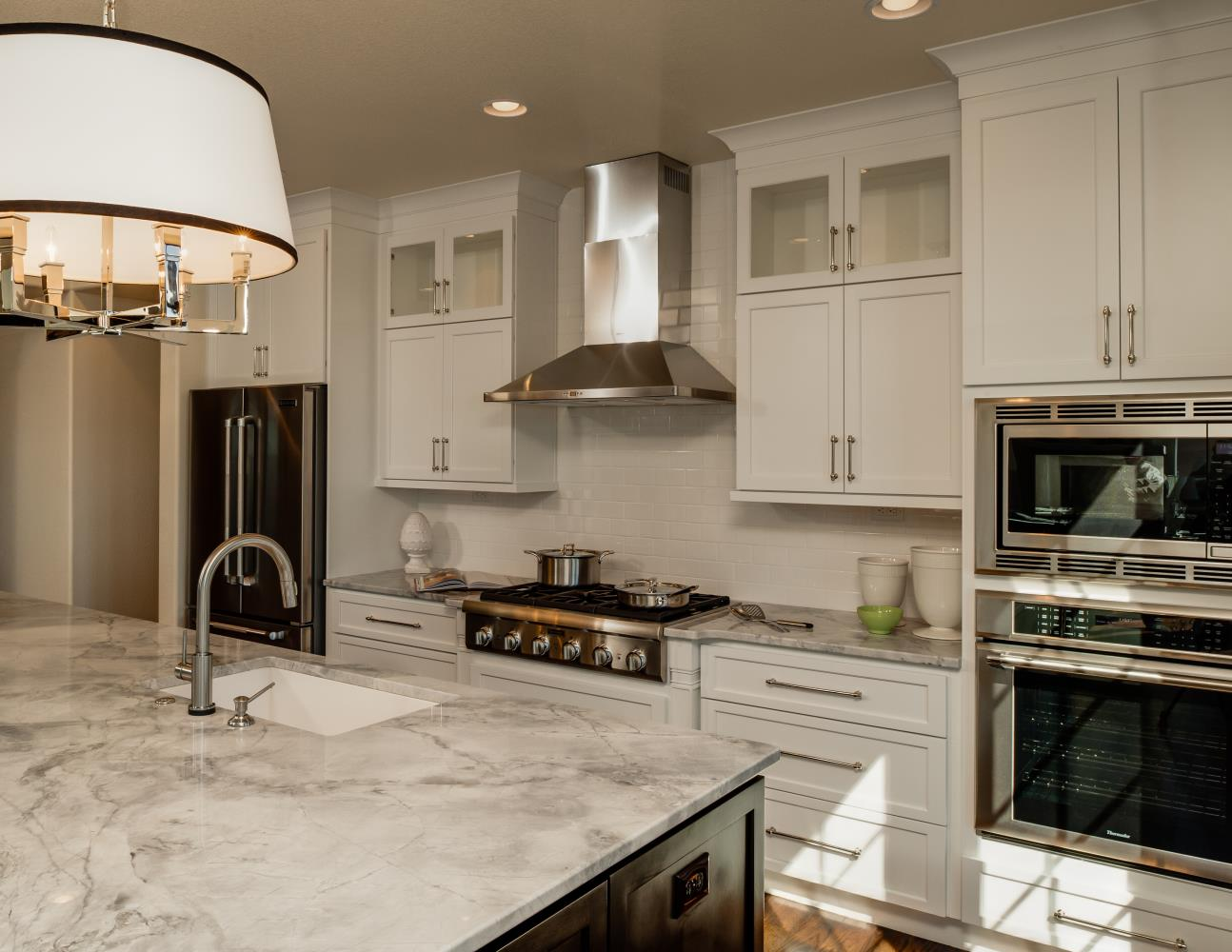 White Shaker Painted Cabinets